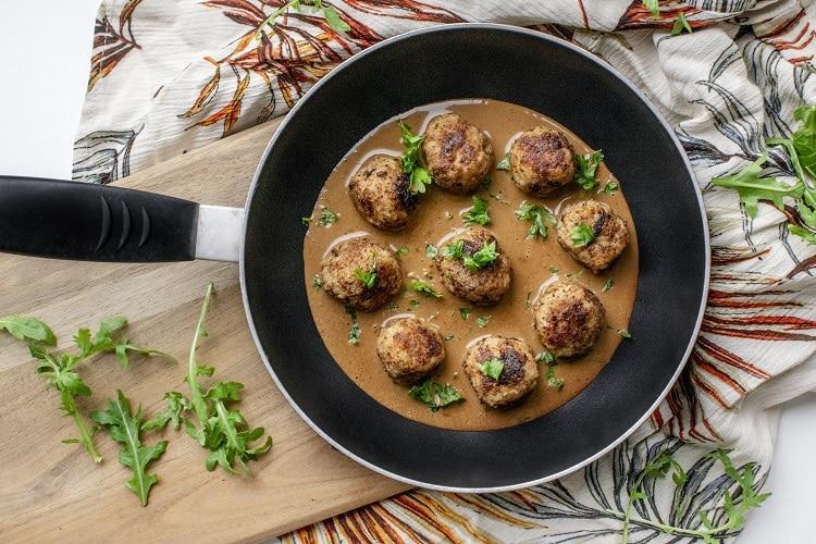 kødboller, svenske kødboller, svinekød, kalv & svin, kalvekød, kødboller med kartoffelmos