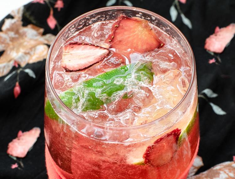 gin & tonic med jordbær